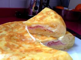 Tortilla rellena, nuestra especialidad